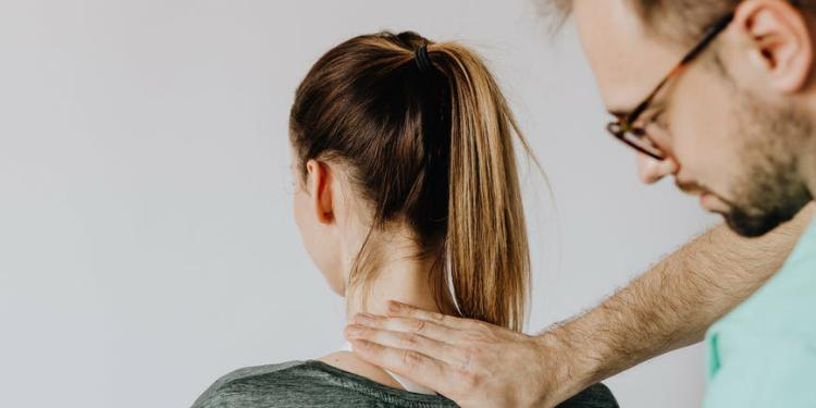 The Ultimate Guide to Finding the Right Chiropractor